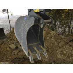 Godets de terrassement  Godet terrassement standard 250 MM en a/r MBI CR15 TWIN LOCK pour minipelle entre 0,6-1,2T